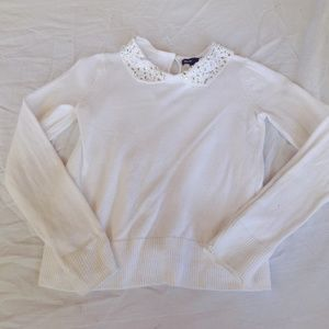 Youth white sweater